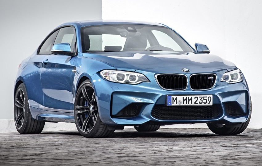 BMW M2 Coupe officially unveiled – 370 hp, 465 Nm Image #392178