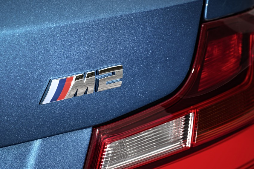BMW M2 Coupe officially unveiled – 370 hp, 465 Nm Image #392161