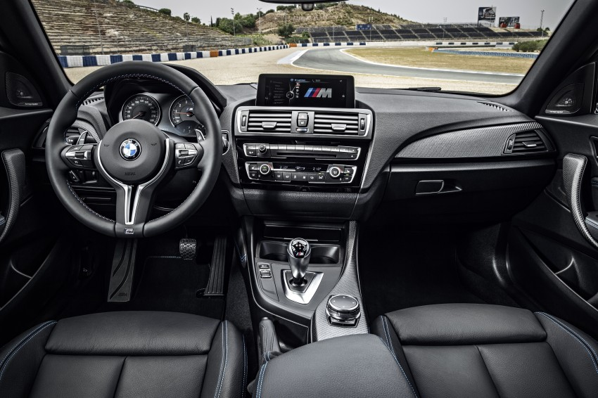 BMW M2 Coupe officially unveiled – 370 hp, 465 Nm Image #392206