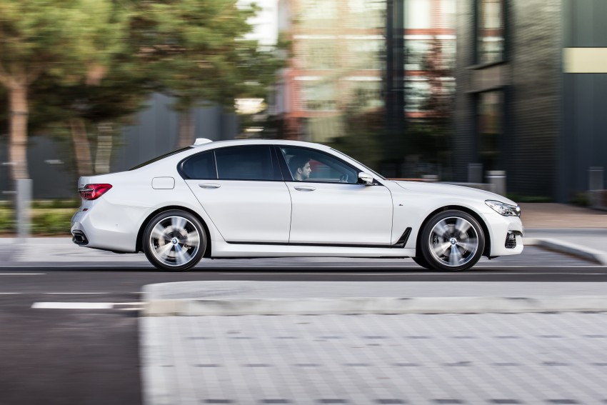 GALLERY: G11 BMW 7 Series in right hand drive form Image #391503