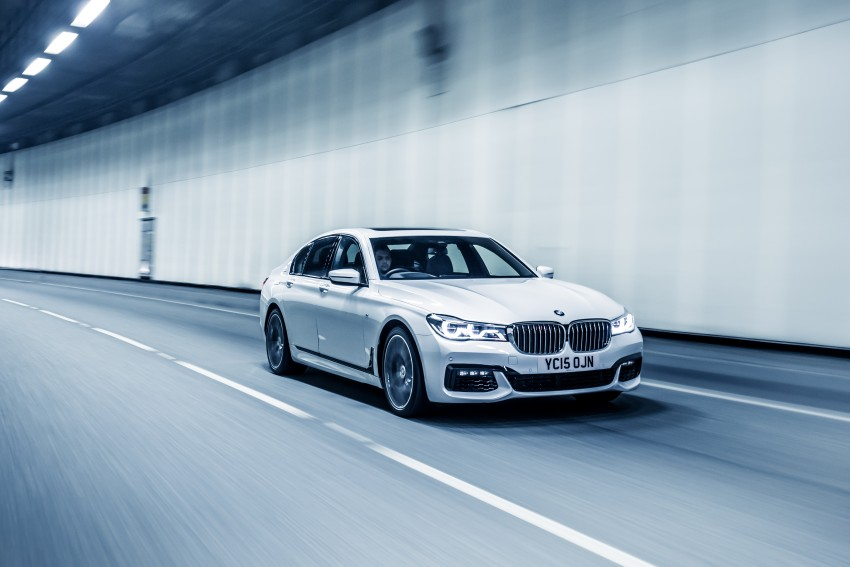 GALLERY: G11 BMW 7 Series in right hand drive form Image #391551