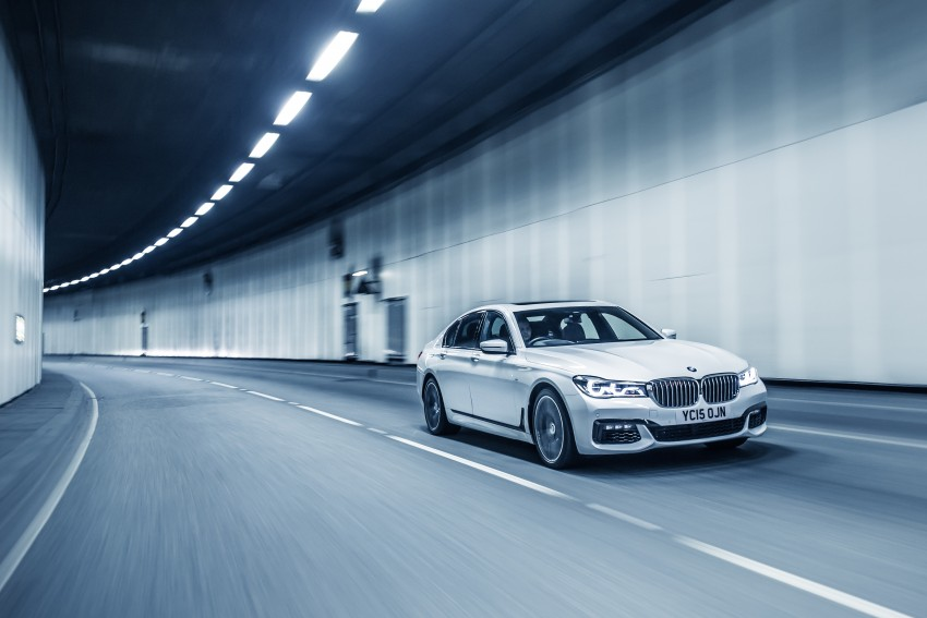 GALLERY: G11 BMW 7 Series in right hand drive form Image #391570