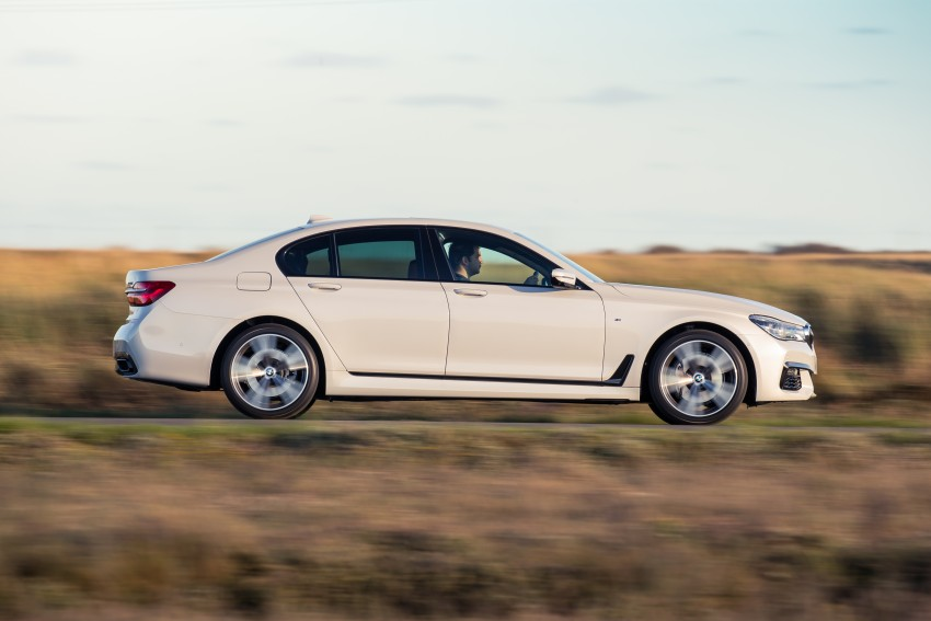 GALLERY: G11 BMW 7 Series in right hand drive form Image #391572