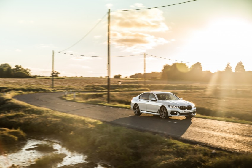GALLERY: G11 BMW 7 Series in right hand drive form Image #391584