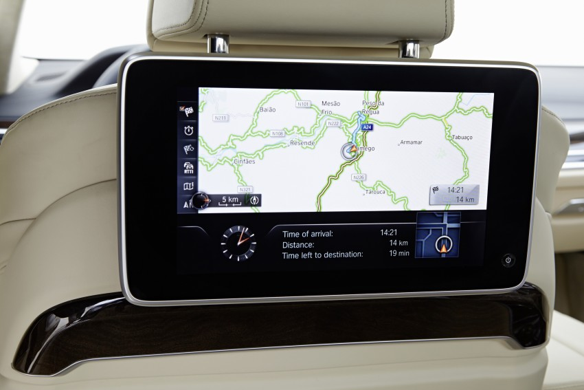 GALLERY: G11 BMW 7 Series in right hand drive form Image #391661
