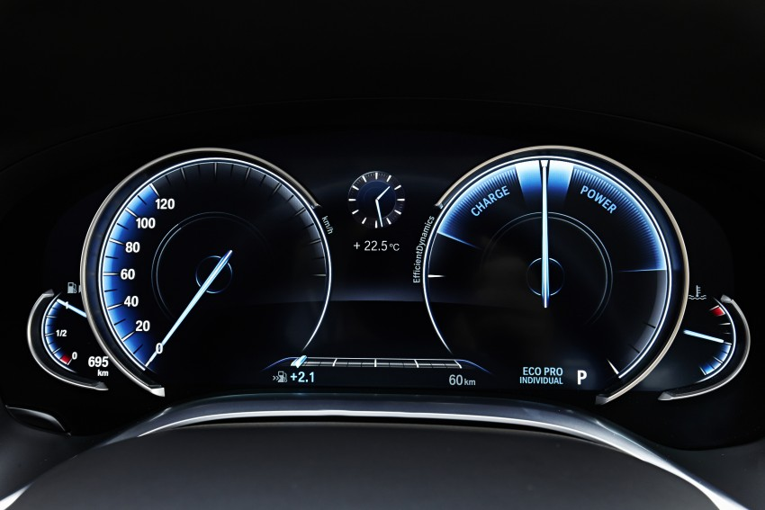 GALLERY: G11 BMW 7 Series in right hand drive form Image #391675