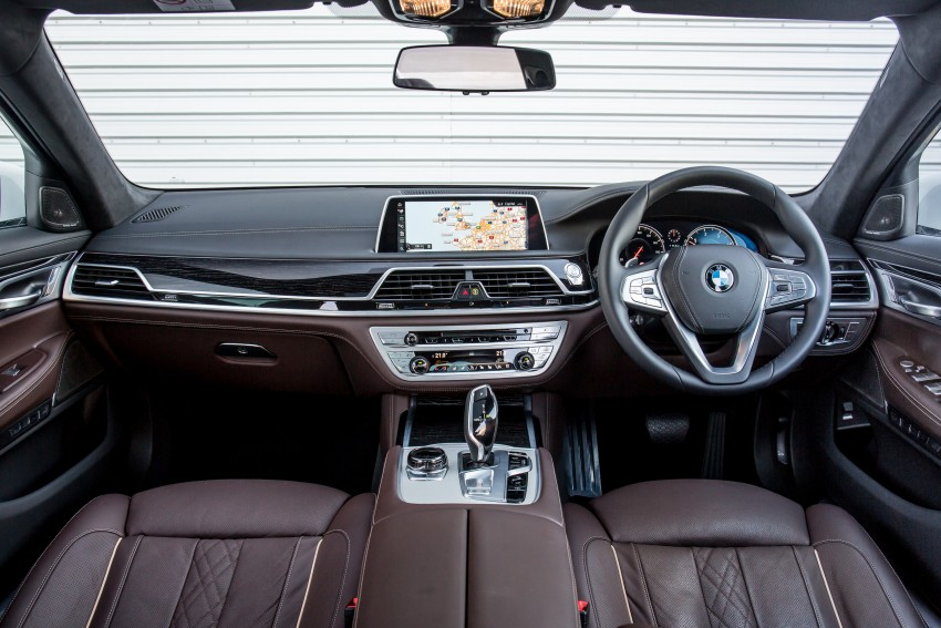 GALLERY: G11 BMW 7 Series in right hand drive form Image #391688