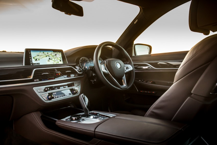 GALLERY: G11 BMW 7 Series in right hand drive form Image #391694