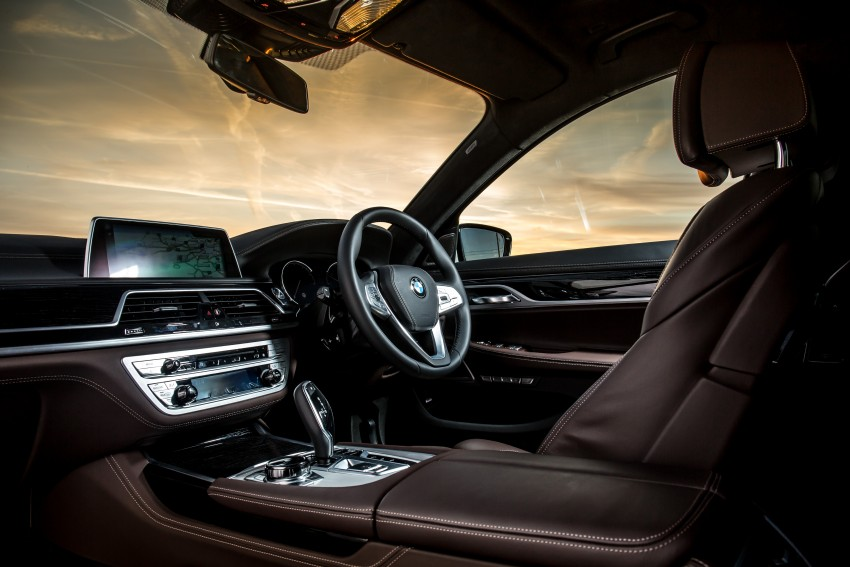 GALLERY: G11 BMW 7 Series in right hand drive form Image #391695