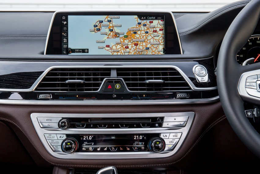GALLERY: G11 BMW 7 Series in right hand drive form Image #391703