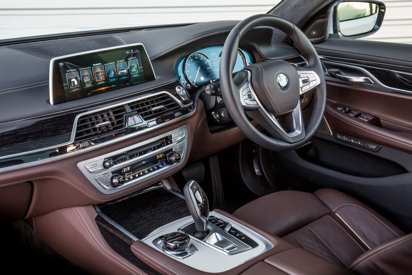 GALLERY: G11 BMW 7 Series in right hand drive form Image #391719