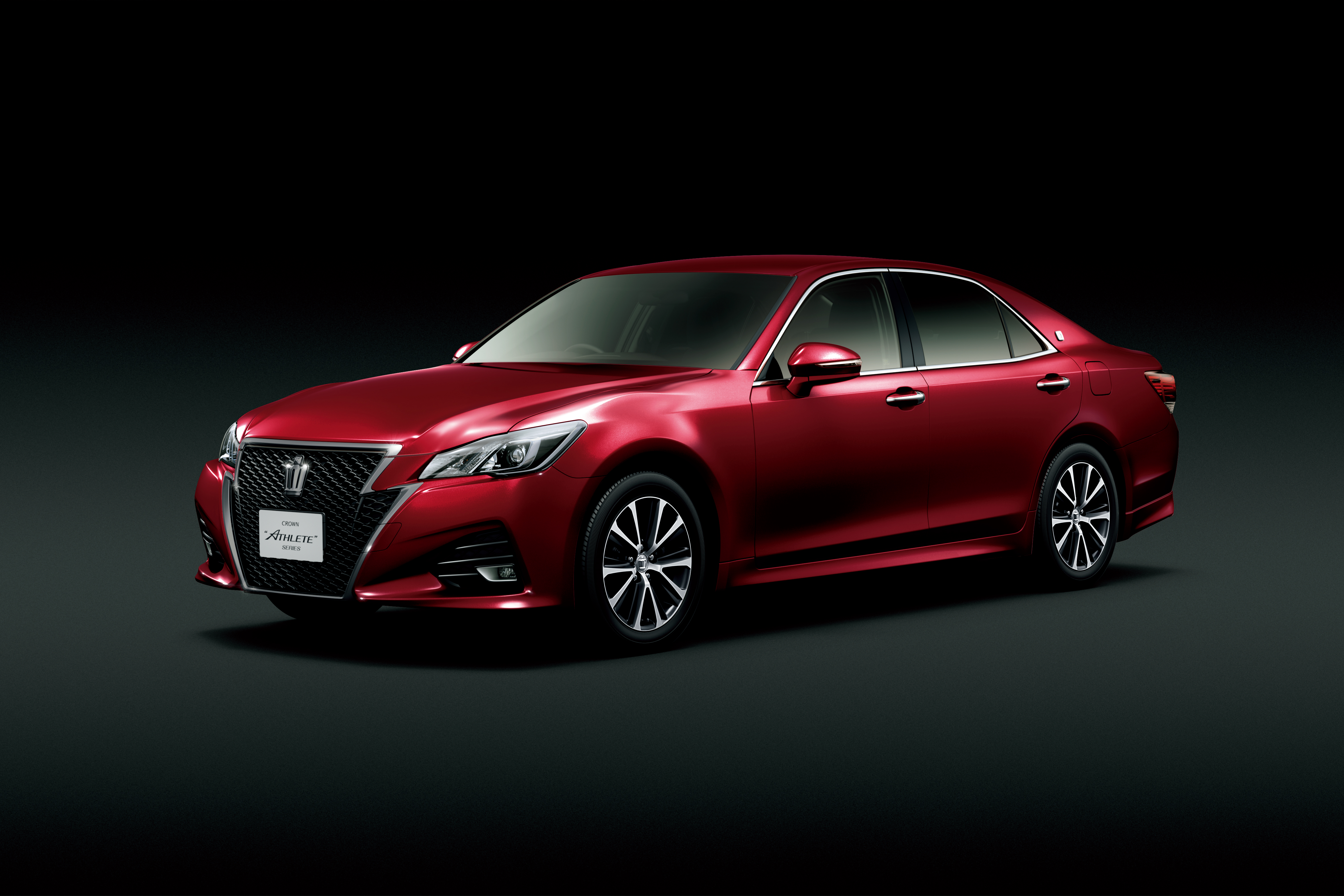 Toyota Crown Facelift Gets New 2 0 Litre Turbo Engine