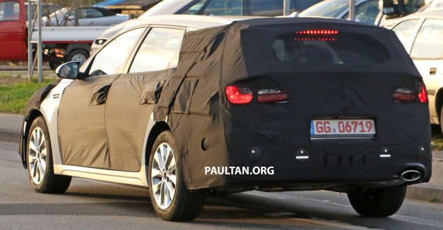2015-kia-optima-wagon-spyshots-8