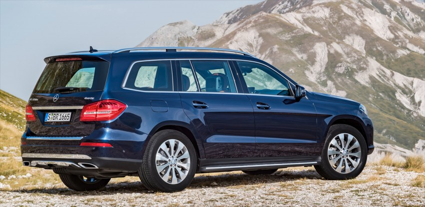 Mercedes-Benz GLS debuts – the S-Class among SUVs Image #402037