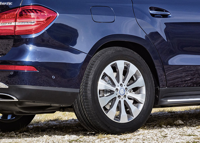 Mercedes-Benz GLS debuts – the S-Class among SUVs Image #402171