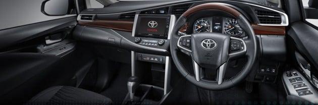 2016 Toyota Innova 7
