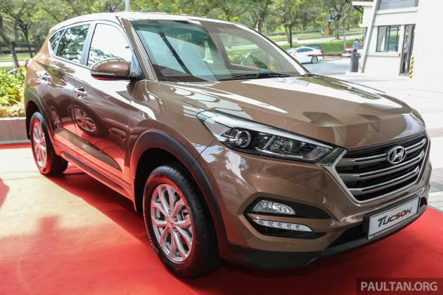 hyundai kia won 39 t adopt evolutionary design language says schreyer small changes dangerous. Black Bedroom Furniture Sets. Home Design Ideas