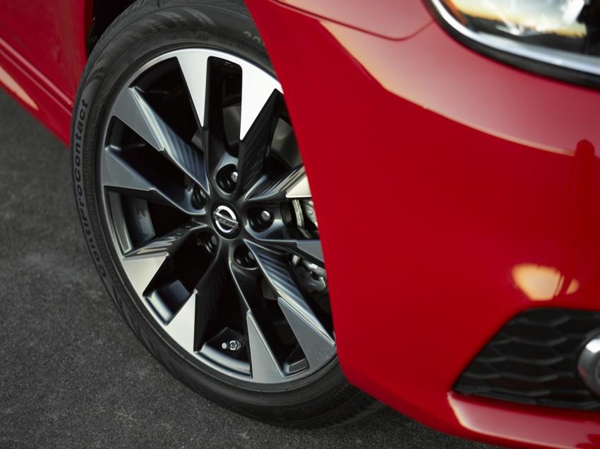 LA 2015: 2016 Nissan Sentra – Sylphy V-motion facelift Image #409625