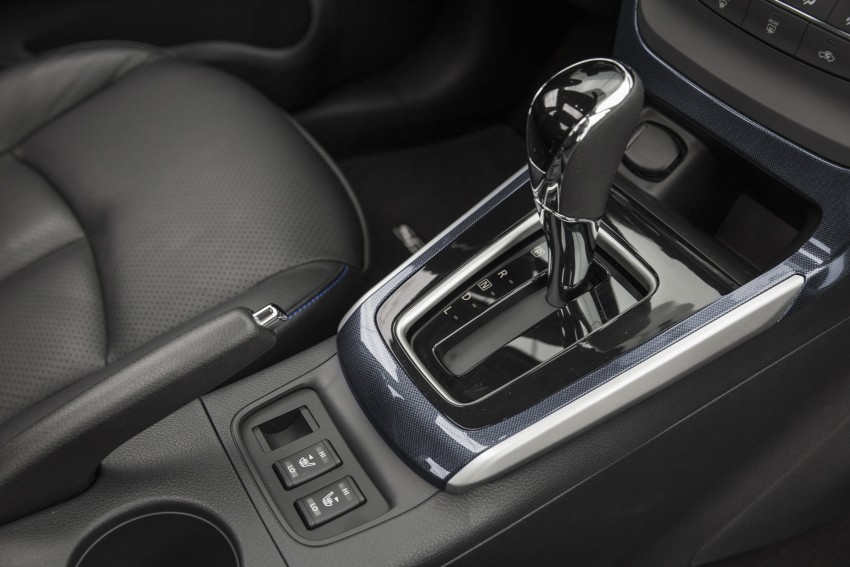 LA 2015: 2016 Nissan Sentra – Sylphy V-motion facelift Image #409661