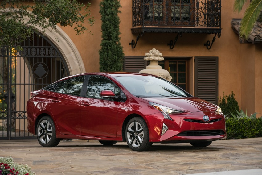MEGA GALLERY: 2016 Toyota Prius debuts in the US Image #410216
