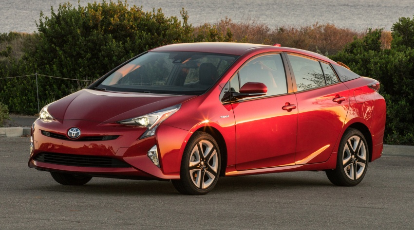 MEGA GALLERY: 2016 Toyota Prius debuts in the US Image #410217