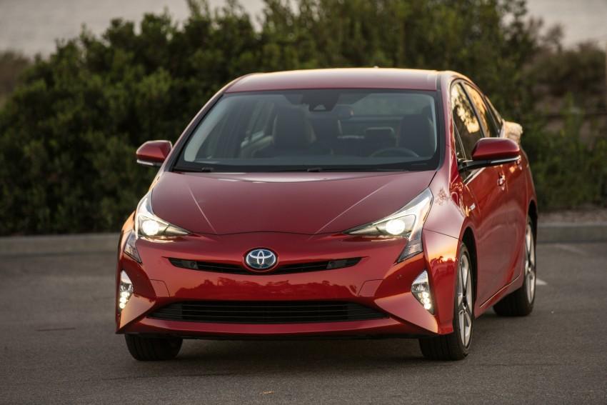 MEGA GALLERY: 2016 Toyota Prius debuts in the US Image #410214