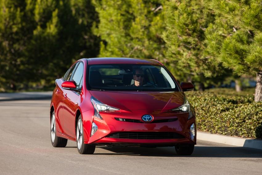MEGA GALLERY: 2016 Toyota Prius debuts in the US Image #410205