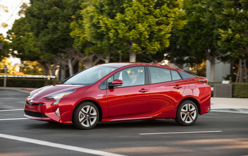 MEGA GALLERY: 2016 Toyota Prius debuts in the US Image #410202