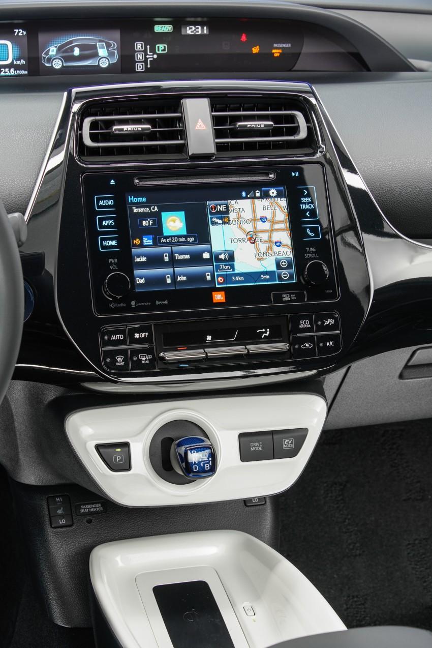 MEGA GALLERY: 2016 Toyota Prius debuts in the US Image #410191