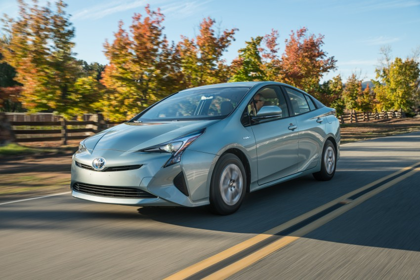 MEGA GALLERY: 2016 Toyota Prius debuts in the US Image #410169