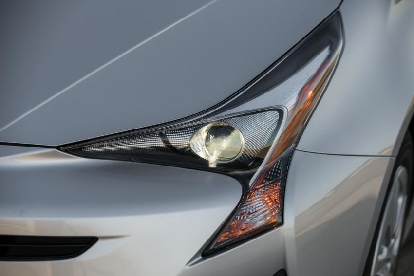 MEGA GALLERY: 2016 Toyota Prius debuts in the US Image #410157