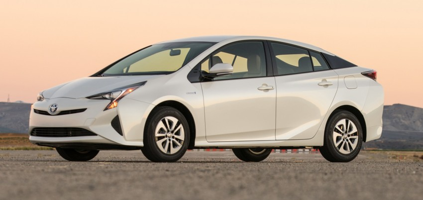 MEGA GALLERY: 2016 Toyota Prius debuts in the US Image #410141