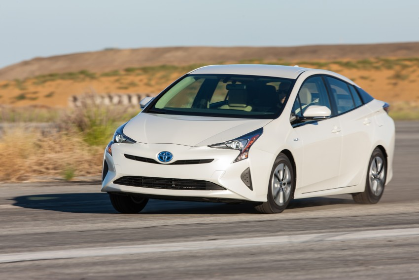 MEGA GALLERY: 2016 Toyota Prius debuts in the US Image #410129