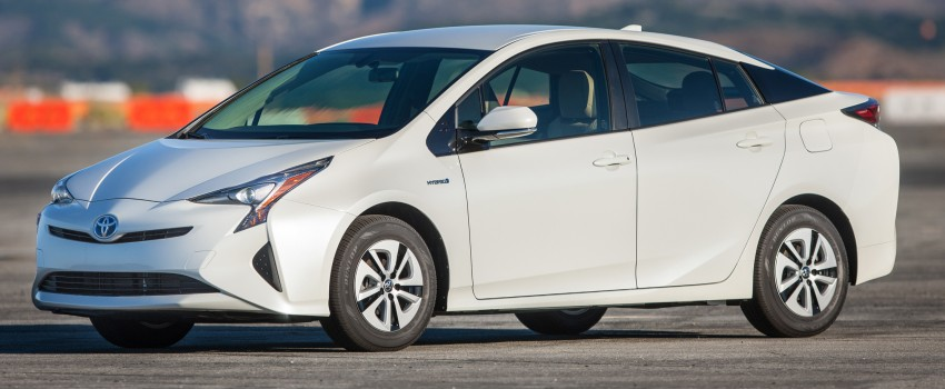 MEGA GALLERY: 2016 Toyota Prius debuts in the US Image #410124