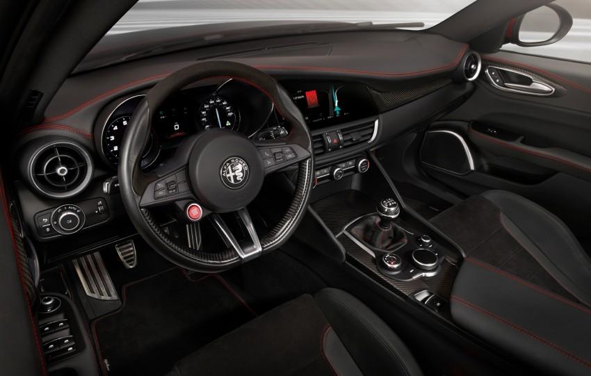 2017 Alfa Romeo Giulia Quadrifoglio fully detailed, 505 hp/600 Nm sedan set to make US debut in Q2 2016 Image #409130