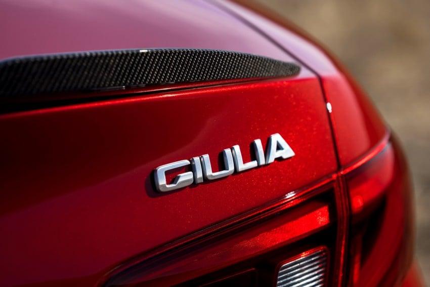 2017 Alfa Romeo Giulia Quadrifoglio fully detailed, 505 hp/600 Nm sedan set to make US debut in Q2 2016 Image #409142