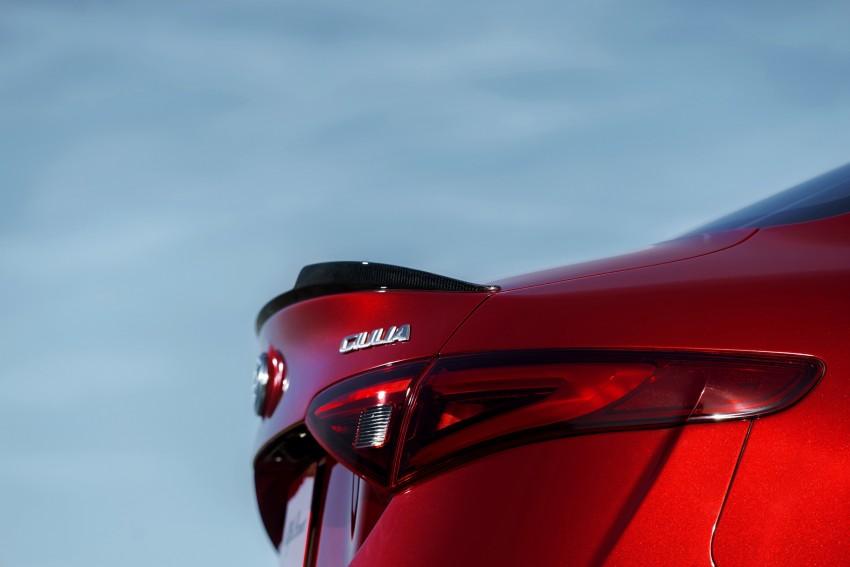 2017 Alfa Romeo Giulia Quadrifoglio fully detailed, 505 hp/600 Nm sedan set to make US debut in Q2 2016 Image #409144