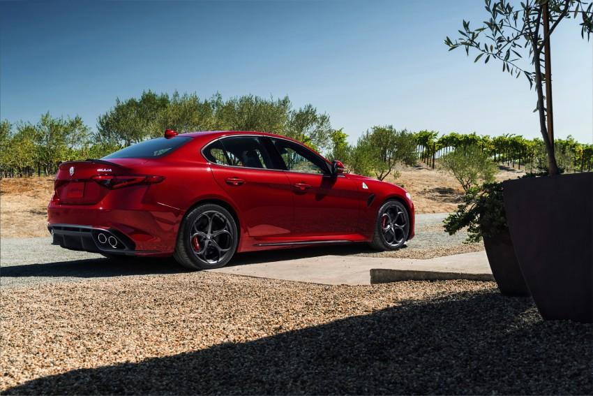 2017 Alfa Romeo Giulia Quadrifoglio fully detailed, 505 hp/600 Nm sedan set to make US debut in Q2 2016 Image #409171