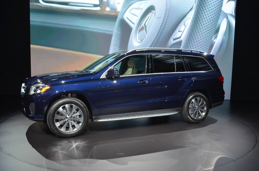 Mercedes-Benz GLS debuts – the S-Class among SUVs Image #411091