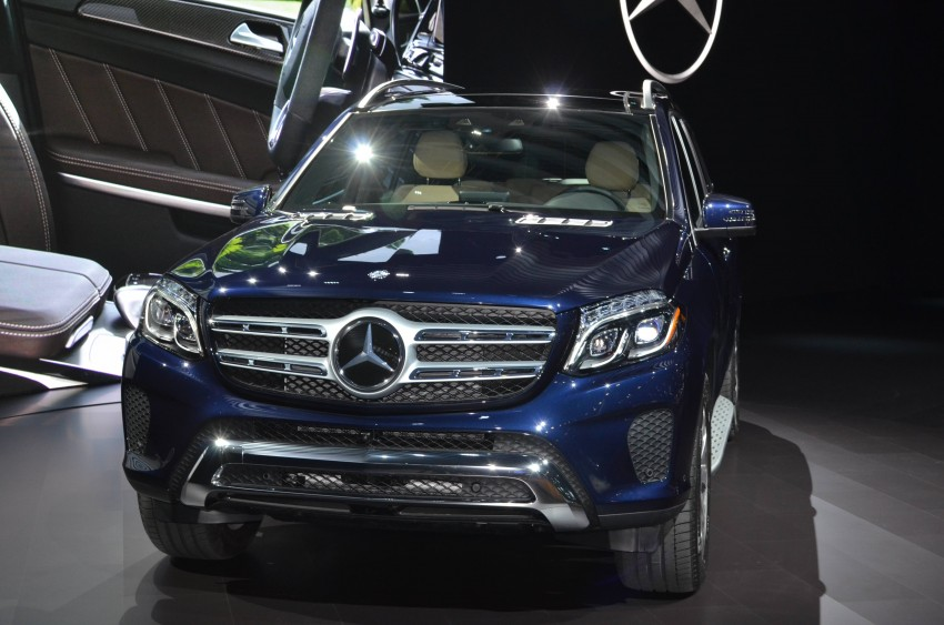 Mercedes-Benz GLS debuts – the S-Class among SUVs Image #411088
