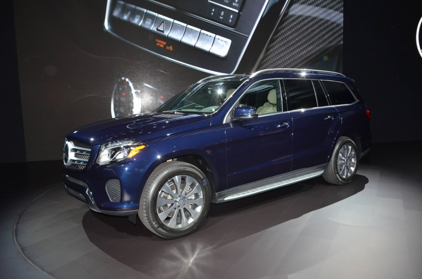Mercedes-Benz GLS debuts – the S-Class among SUVs Image #411089