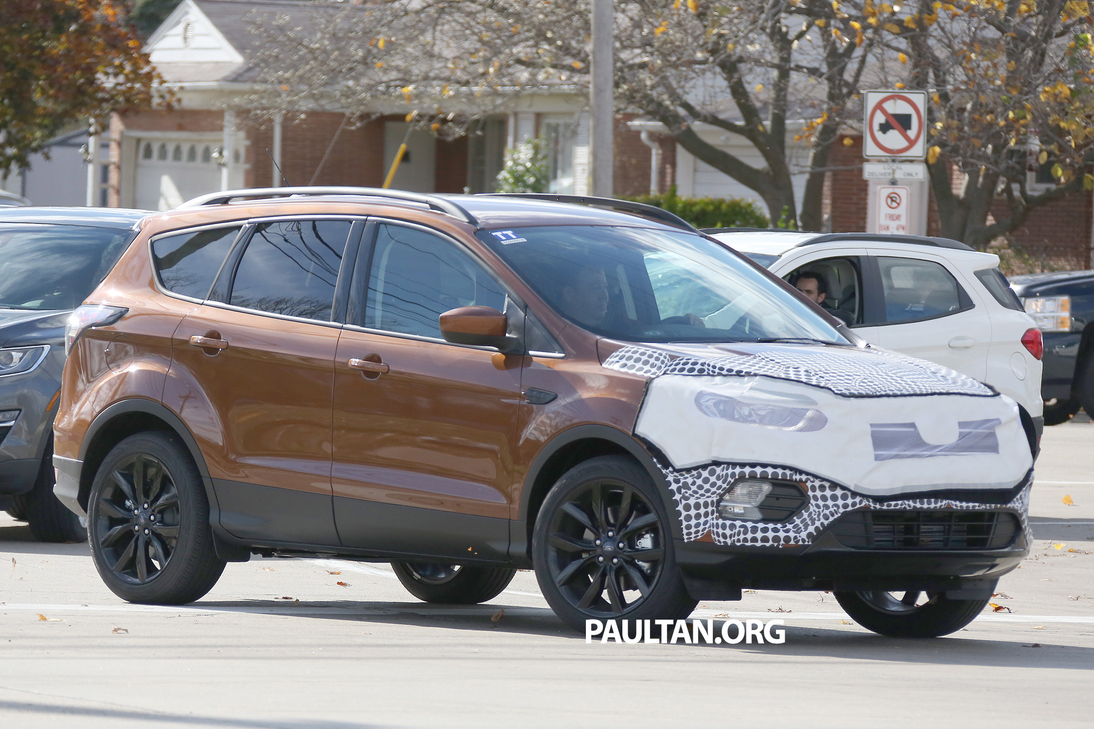 All About Cars >> SPYSHOTS: C520 Ford Kuga facelift – a clearer view Paul Tan - Image 406109