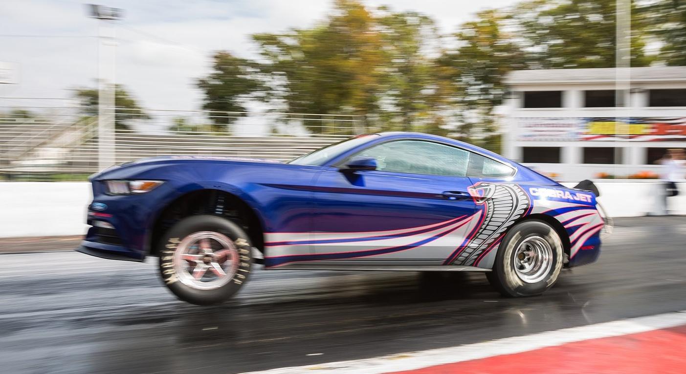 2016 ford mustang cobra jet drag racer 50 units. Black Bedroom Furniture Sets. Home Design Ideas