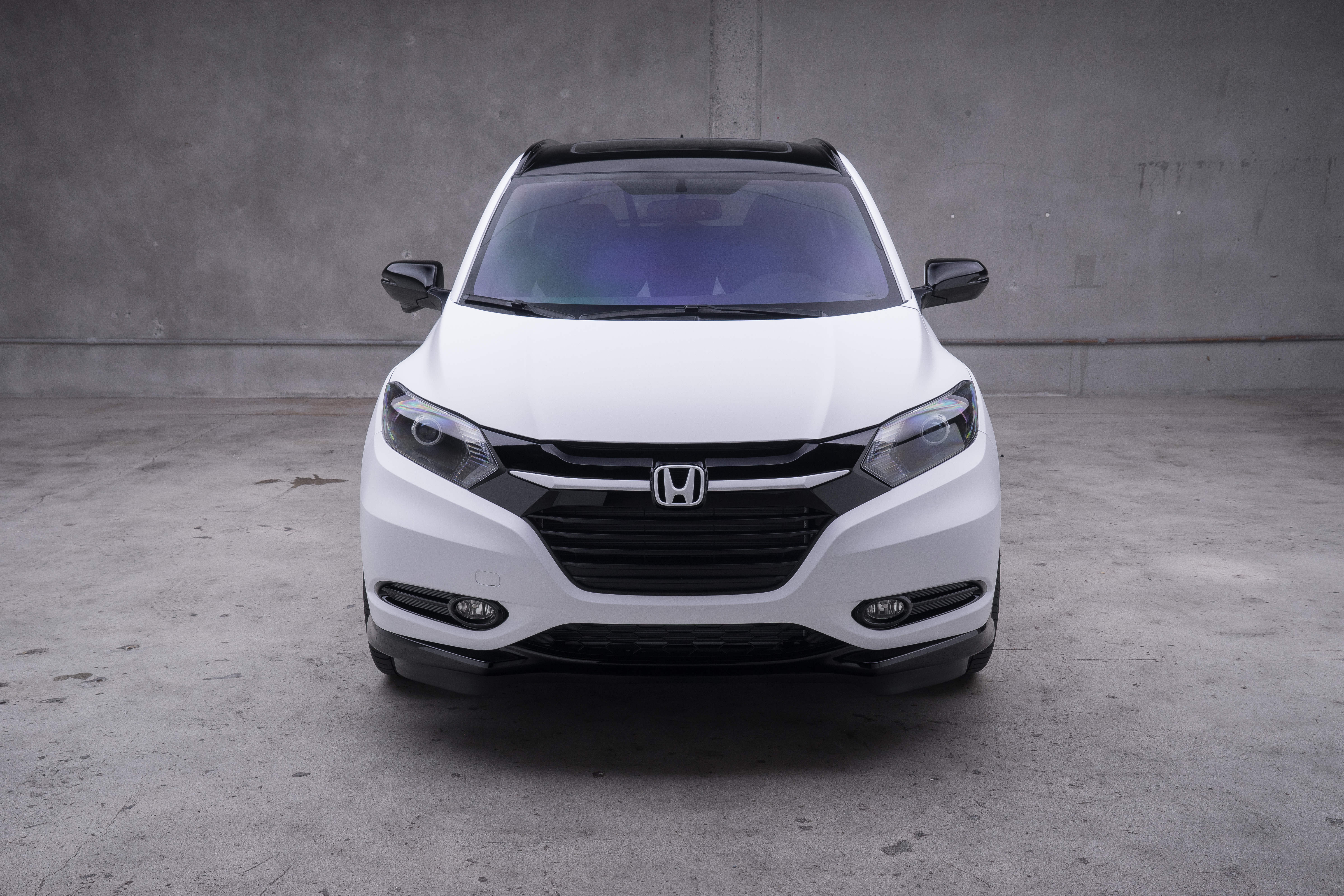 2016 Honda Cr Z >> Honda displays custom HR-Vs alongside 2017 Honda Civic ...