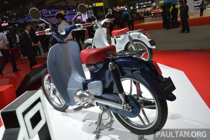 Tokyo 2015: Honda Super Cub Concept and EV Cub Concept – leading the parade of two-wheelers Image #402395
