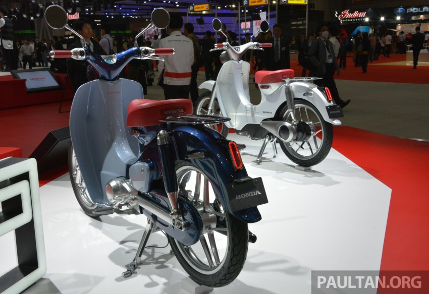 Tokyo 2015: Honda Super Cub Concept and EV Cub Concept – leading the parade of two-wheelers Image #402399