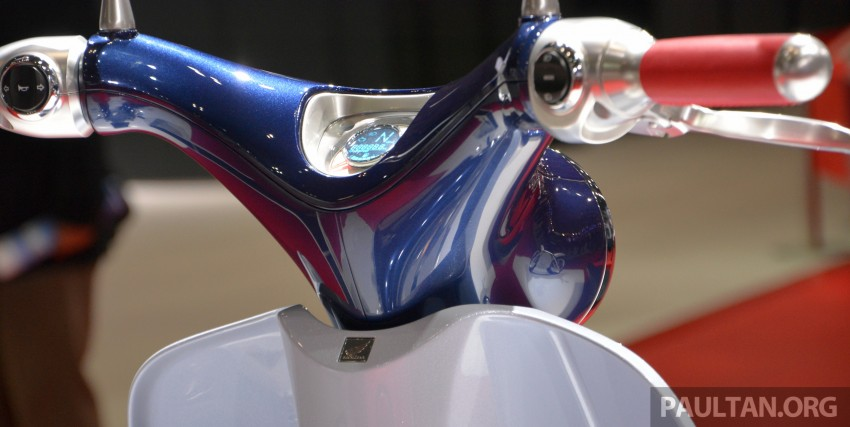 Tokyo 2015: Honda Super Cub Concept and EV Cub Concept – leading the parade of two-wheelers Image #402403