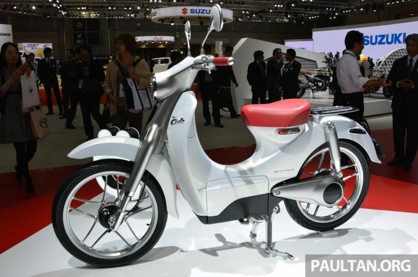 Tokyo 2015: Honda Super Cub Concept and EV Cub Concept – leading the parade of two-wheelers Image #402389
