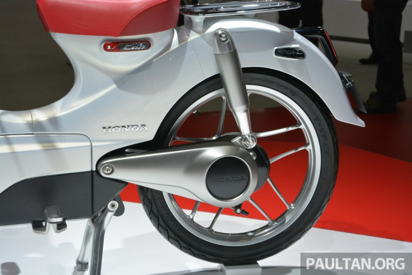 Tokyo 2015: Honda Super Cub Concept and EV Cub Concept – leading the parade of two-wheelers Image #402392