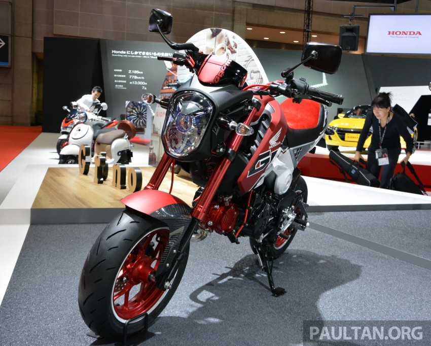 Tokyo 2015: Honda Super Cub Concept and EV Cub Concept – leading the parade of two-wheelers Image #402421